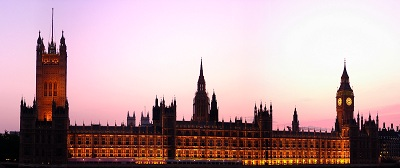 London - Palace of Westminster/Houses of Parliament im Abendrot